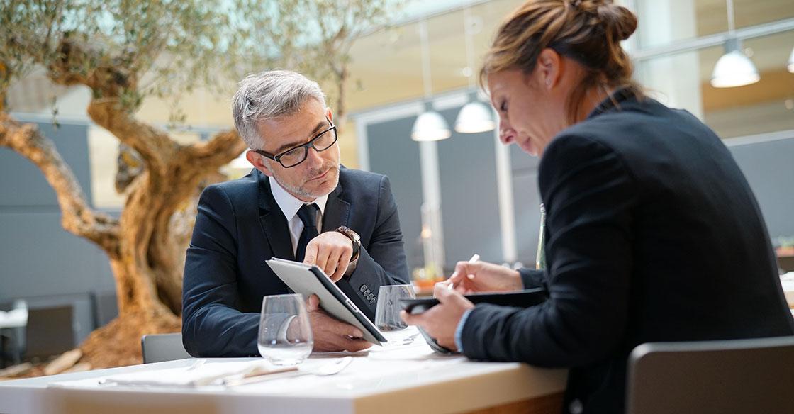 6 Conseils pour Déjouer les Pièges des Repas d'Affaires